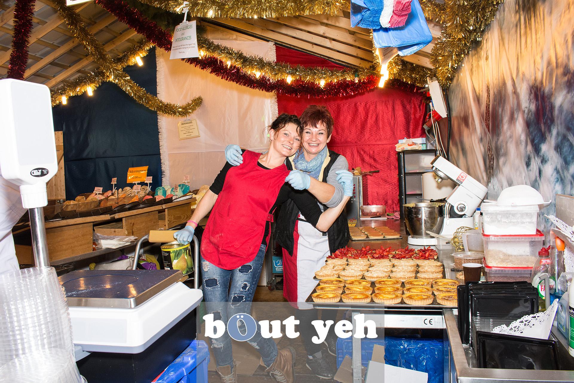 Workers at Belfast Christmas Market enjoying their work. Photo 3287.