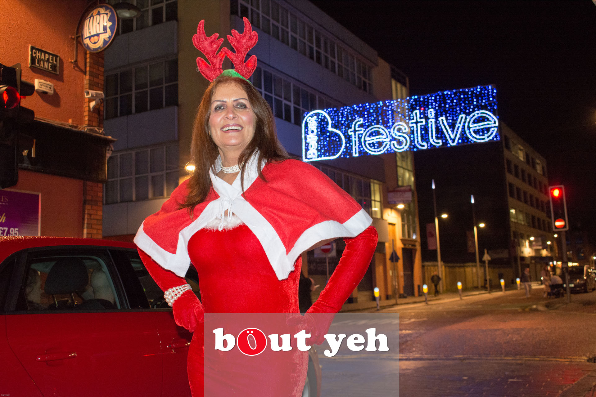 Woman wearing Christmas outfit in Belfast - bout yeh photographers Belfast photo 3378.