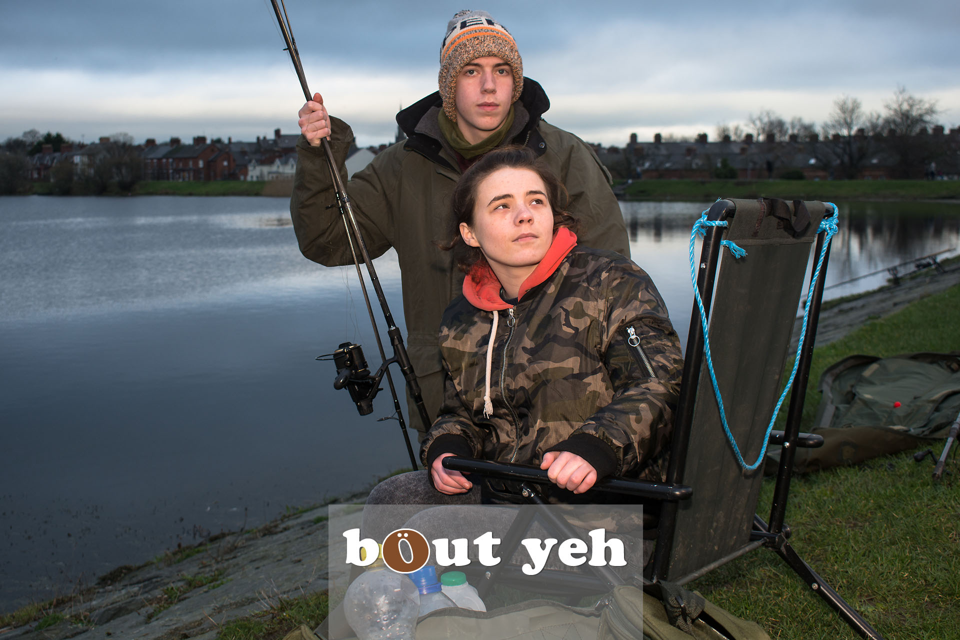 Young couple fishing at Waterworks, Belfast, Northern Ireland - bout yeh photographers Belfast photo 3954.