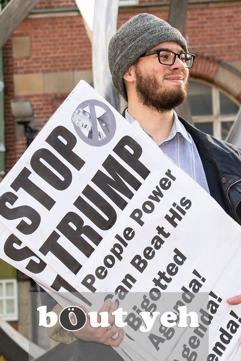 Anti Trump protestor, Cornmarket, Belfast - photo 2739.