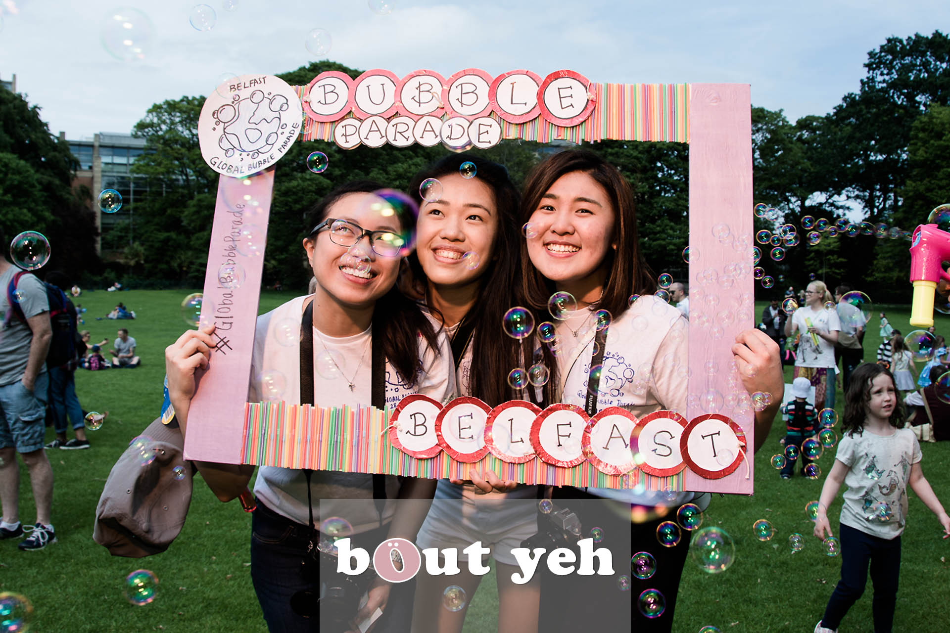Jiexi, Liz and Gwendoline, Global Bubble Parade Belfast 2017 at Botanic Gardens, Belfast, Northern Ireland - photo 6850.