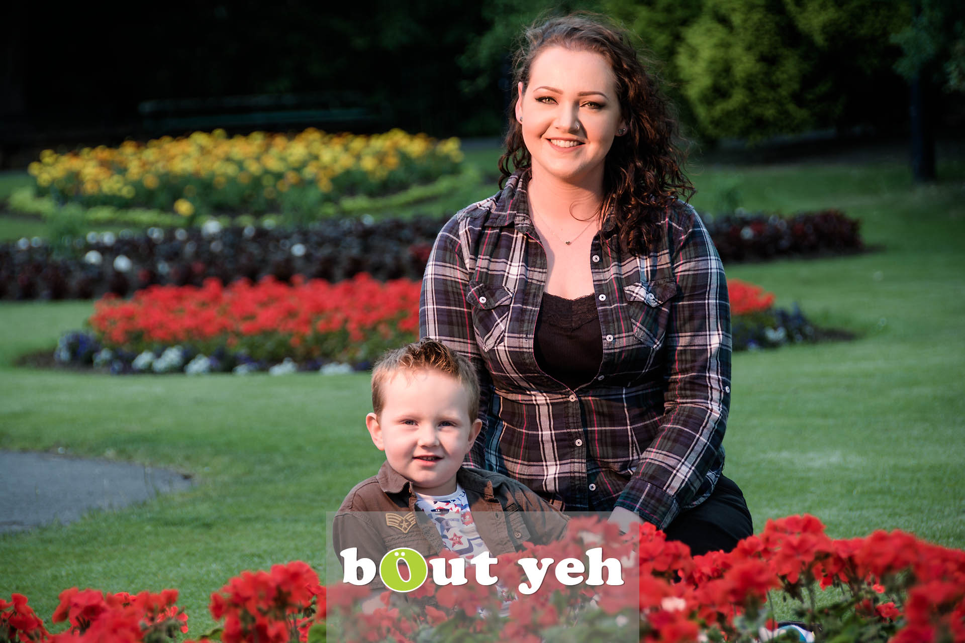 Chanelle and Leo, Botanic Gardens, Belfast, Northern Ireland - photo 7107.
