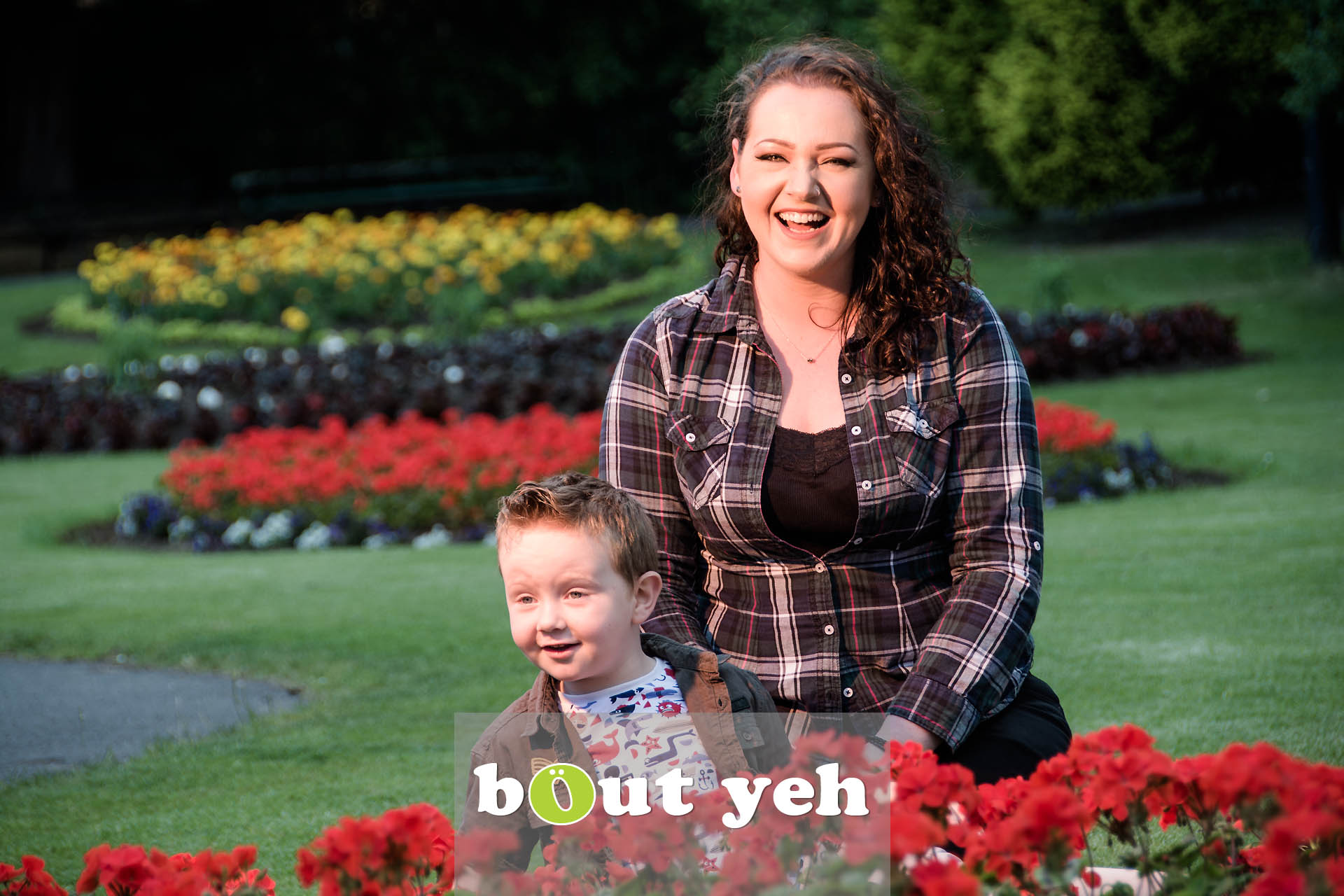 Chanelle and Leo, Botanic Gardens, Belfast, Northern Ireland - photo 7108.